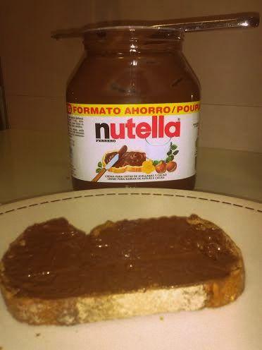 Tostada de Nutella_Pan marmolado de plátano y Nutella