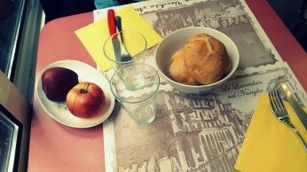 A la mesa en Risoelatte