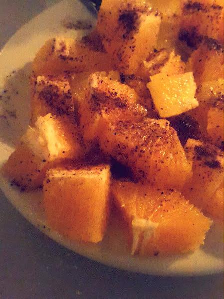 Naranja con azúcar moreno y canela