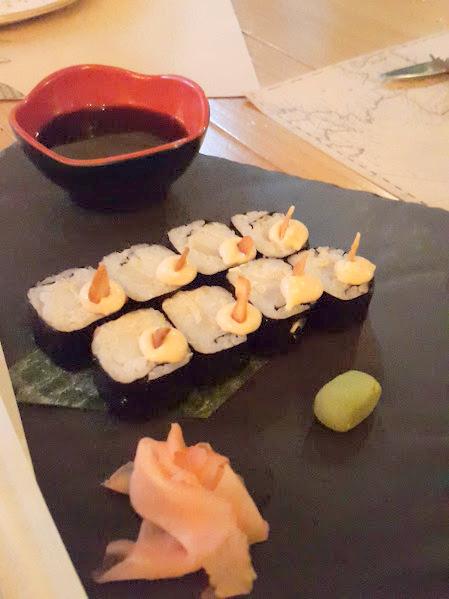Sushi de calamares a la romana & alioli casero