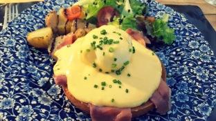 Huevos Benedict