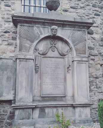 Tumba de Adam Smith - The Canongate Kirkyard