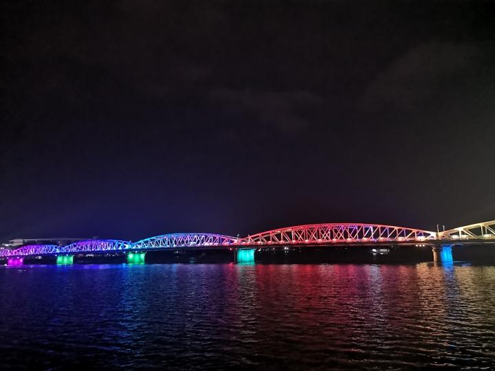 Puente Troung Tien - Hué