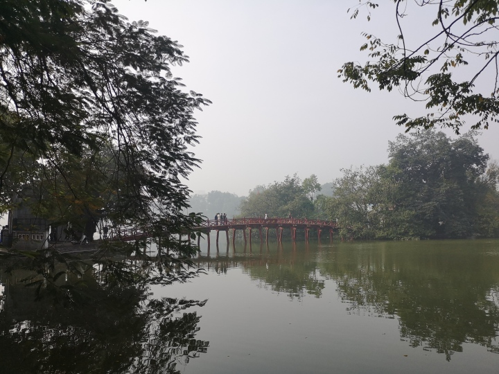 Puente rojo o puente japonés